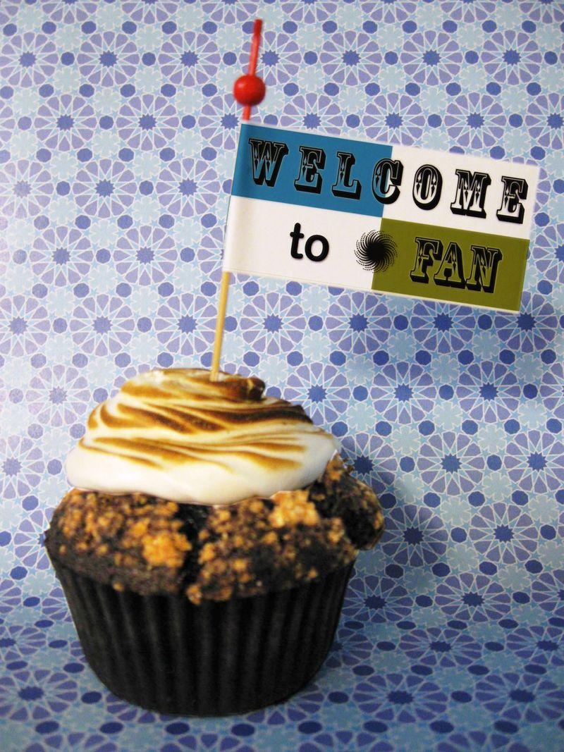FAN Cupcake