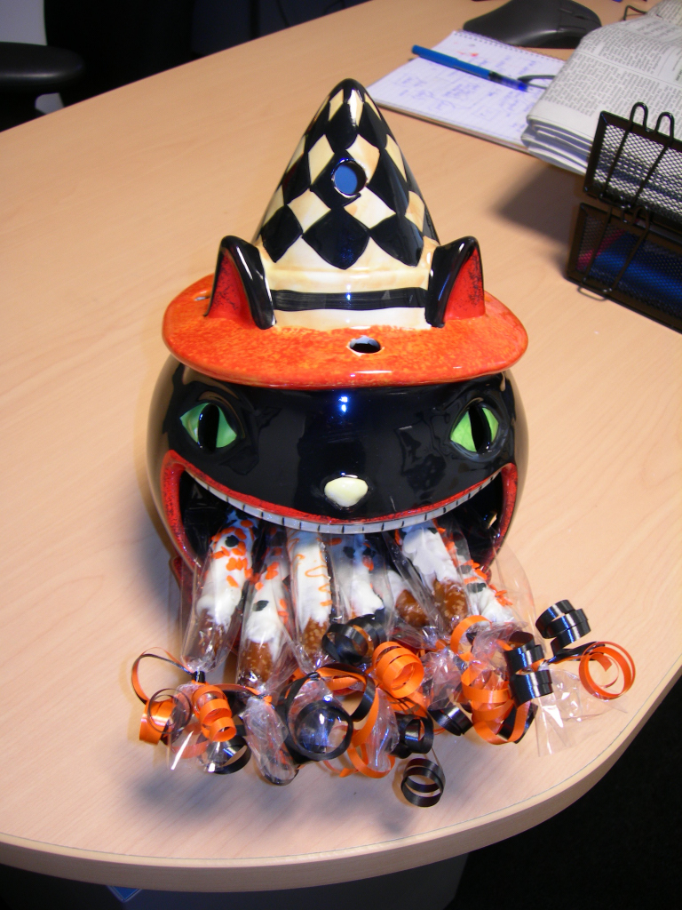 Halloween_pretzels_4